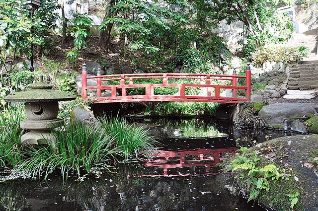 心岩寺の湧水